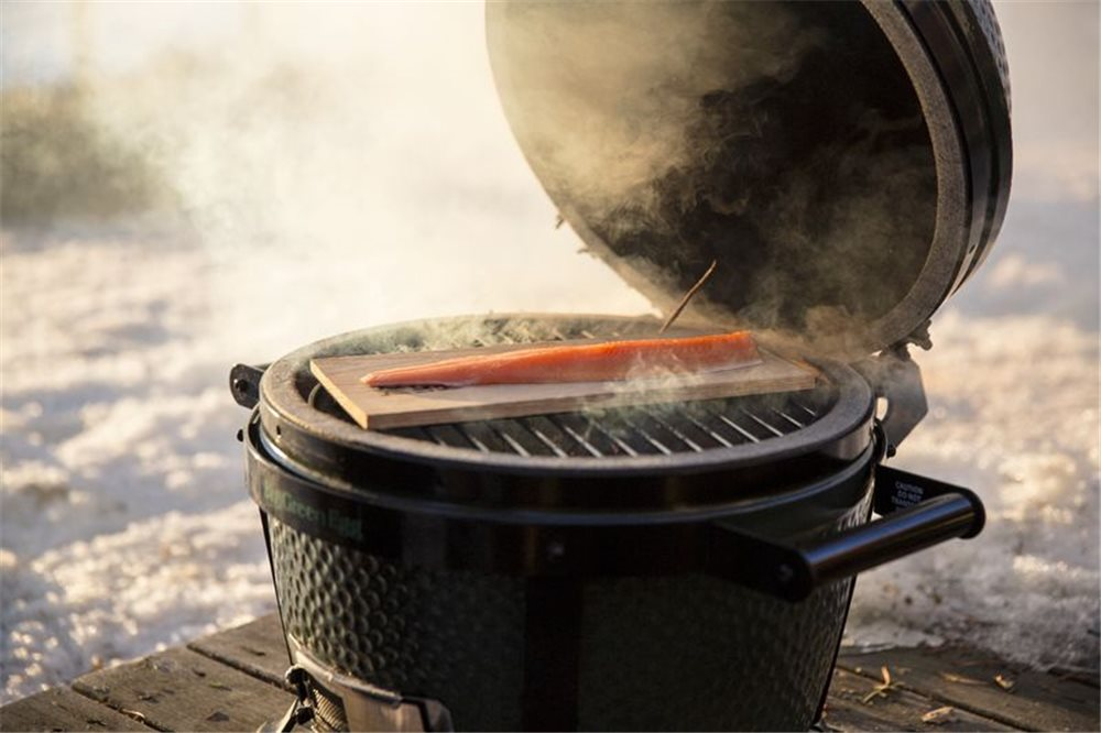 44ff5d3756189a Barbecue céramique nomade Big Green Egg MiniMax - Tom Press