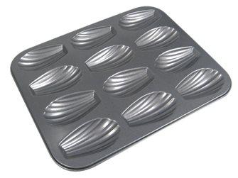 Moule pour 12 madeleines 7 cm en acier antiadhésif