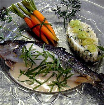 Préparer un poisson délicieusement poêlé