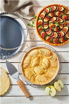 Box HomeBaking les tartes avec cercle perforé tourtière volette et pelle à tarte